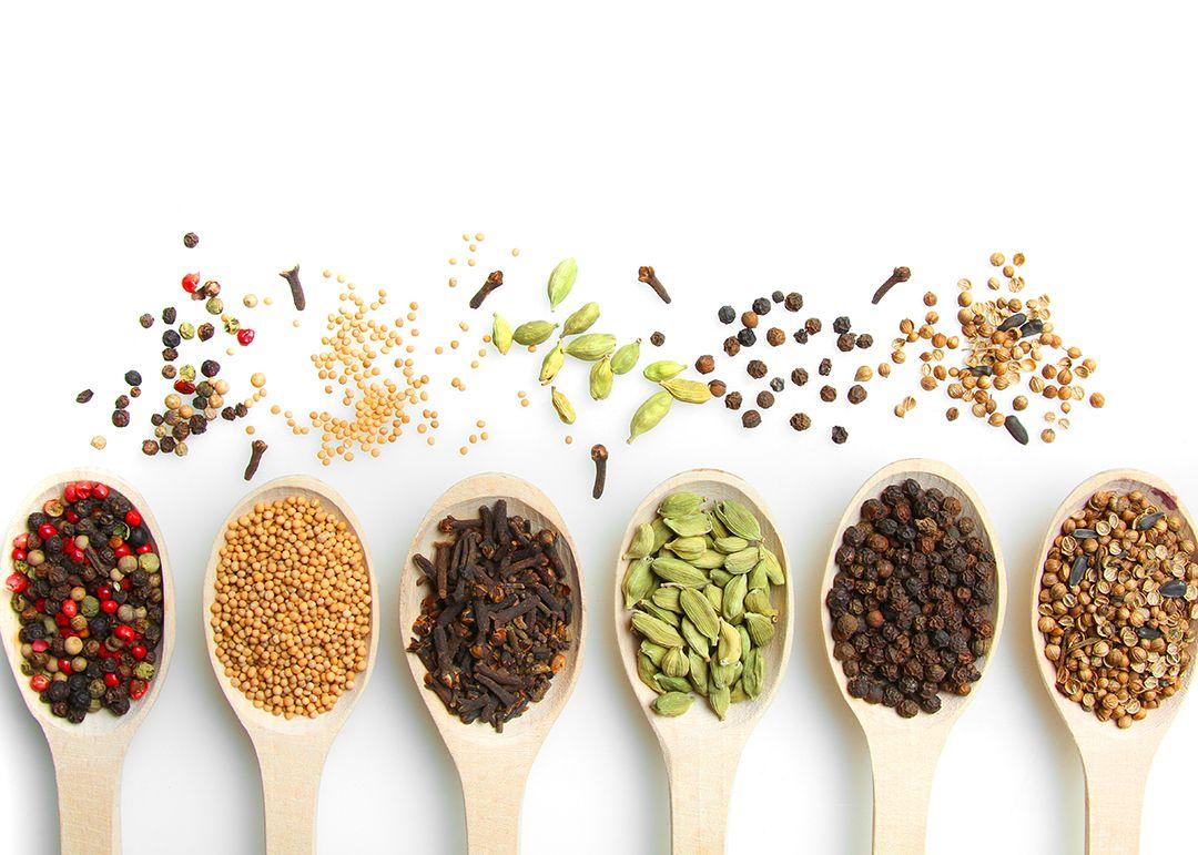 Amankah Pakai Rempah/Dedaunan Aromatik Kering Yang Sudah Lama Disimpan?